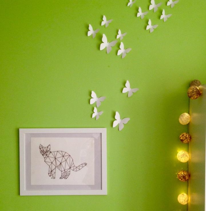 geometryczny kot w pokoju dzieci