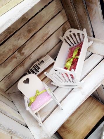 jarmark na nikiszu silexis drewniane mebelki dla lalek łóżeczko