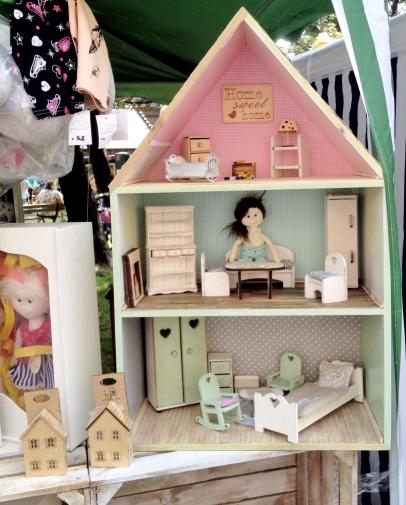 jarmark na nikiszu silexis drewniane mebelki dla lalek domek dla lalek 2