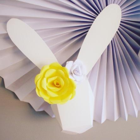 trójwymiarowy królik dekoracja ścienna pokój dziecka królik 3D papierowa róża.JPG