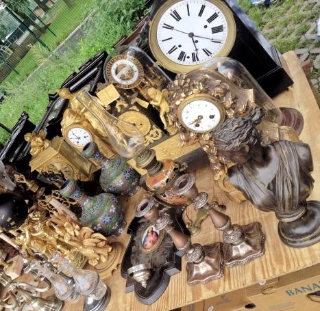 jarmark staroci w Bytomiu zegary