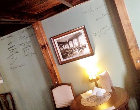 kawiarnia kornel i przyjaciele atykwariat księgarnia13.jpg
