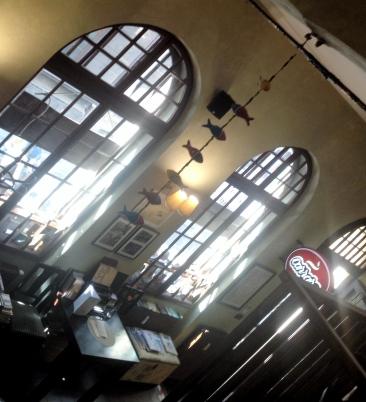 kawiarnia kornel i przyjaciele atykwariat księgarnia14