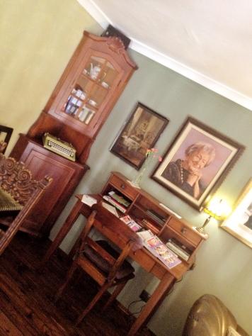 kawiarnia kornel i przyjaciele atykwariat księgarnia27