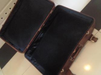 walizka przed metamorfozą 3