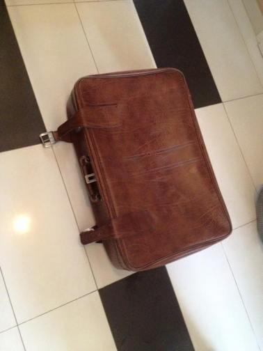 walizka przed metamorfozą