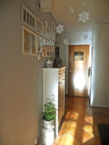 Zimowa dekoracja przedpokoju