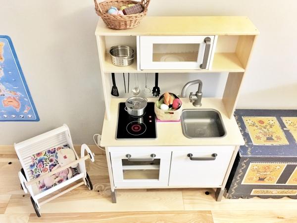 pokoj-3-latki-kuchenka-i-skrzynia