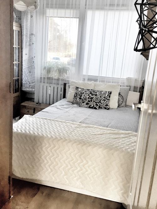 okno-w-sypialni