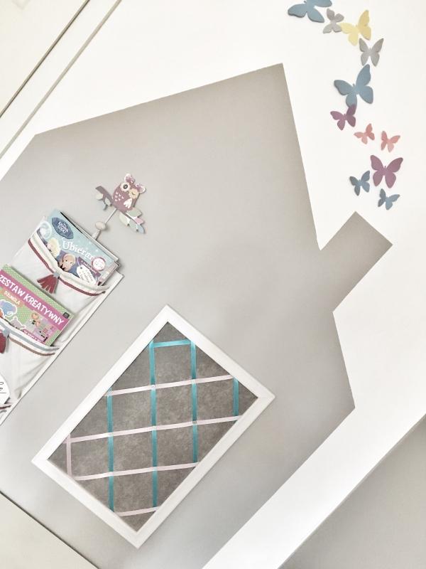 motylki na ścianie