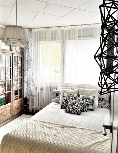 Ikea Lill w sypialni